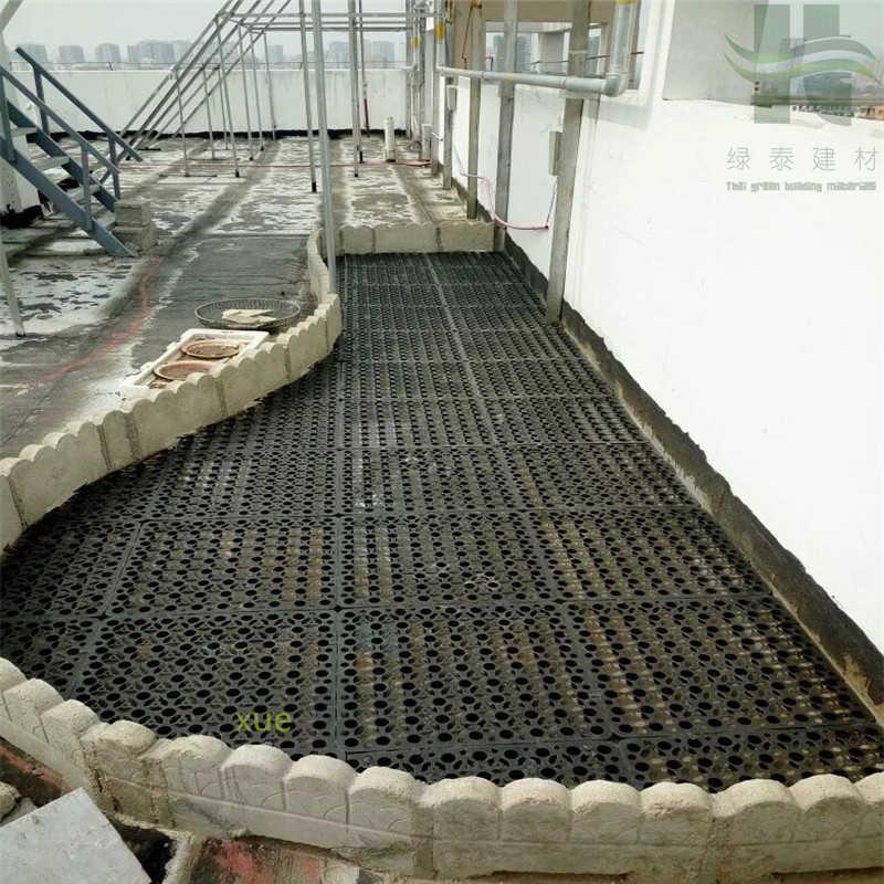 屋顶花园排蓄水板施工