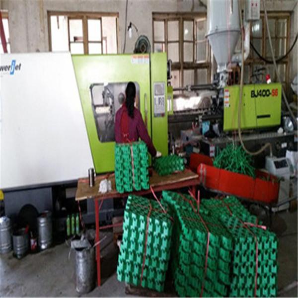 植草格生产图片